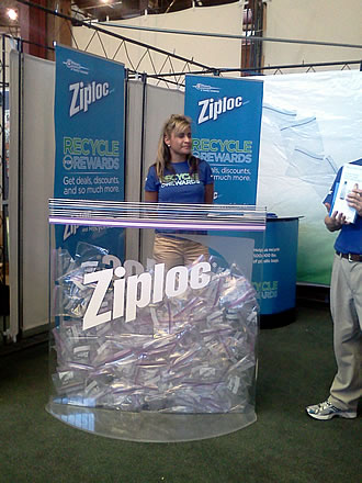 Ziploc-Green-Festival-booth-01