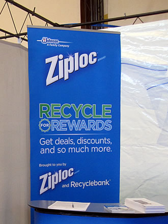 Ziploc-Green-Festival-booth-02