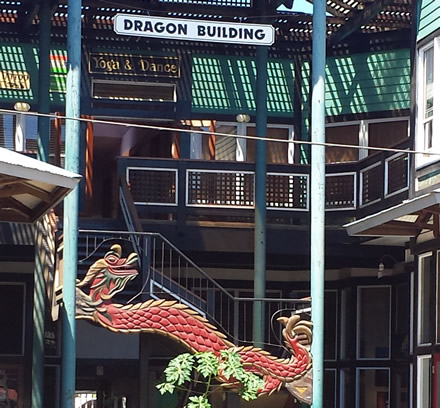 dragon-building