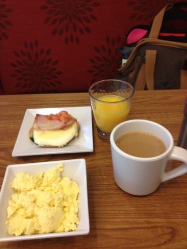 Daniella-breakfast-Hyatt-Austin