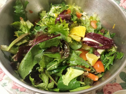 Salad - Persimmon orange spring mix