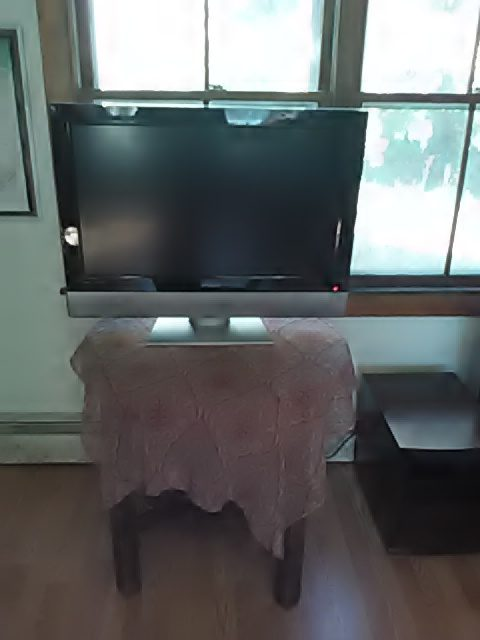 secondhand-television-from-transfer-station