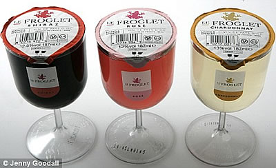 In hell they drink le froglet wine in individual plastic Wine glasses to go