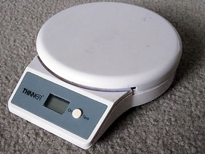 Thinner digital scale